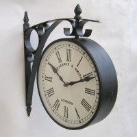 Jefferson & Smith Two Sided, Iron Station Clock. 2 AA Batteries