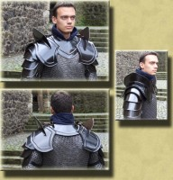 Plate Shoulders Armor Classic with Blade Breakers Blackened